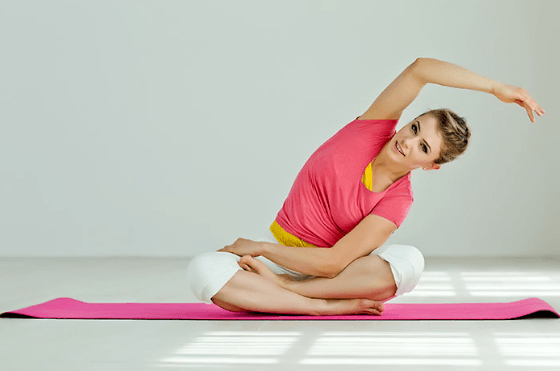 trunk side bends stretching exercise