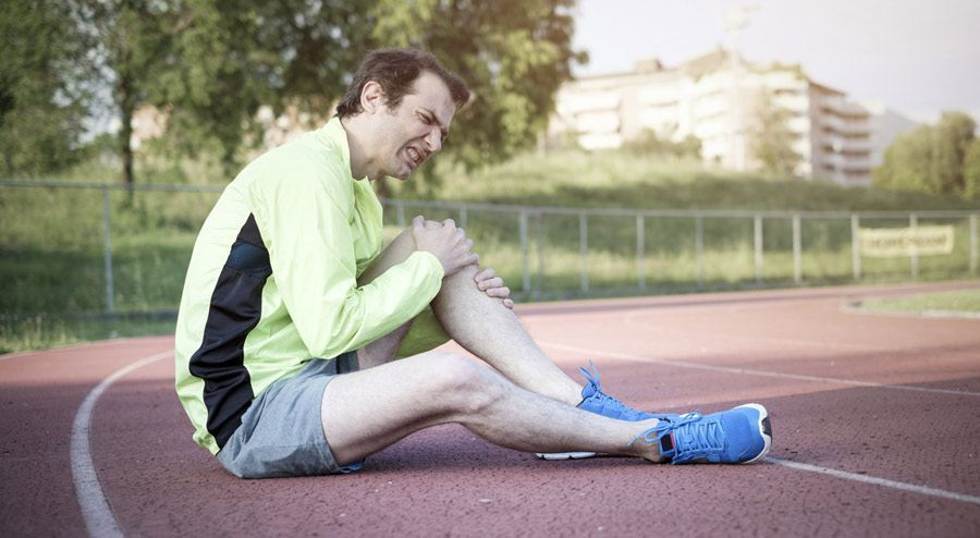 What Do You Do When Your Knee Hurts from Running?